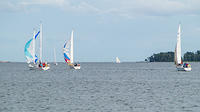 WHC 10.8.2016, Subbota is trying to separate from the fleet.